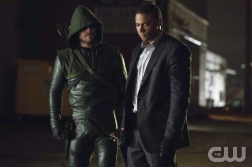 Arrow, Green Arrow, DC Comics, Blackhawks, Stephen Amell,