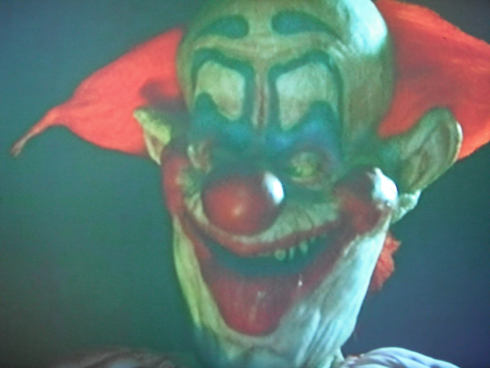 Horrorthon killer klowns from outer space for Return of the killer klowns from outer space