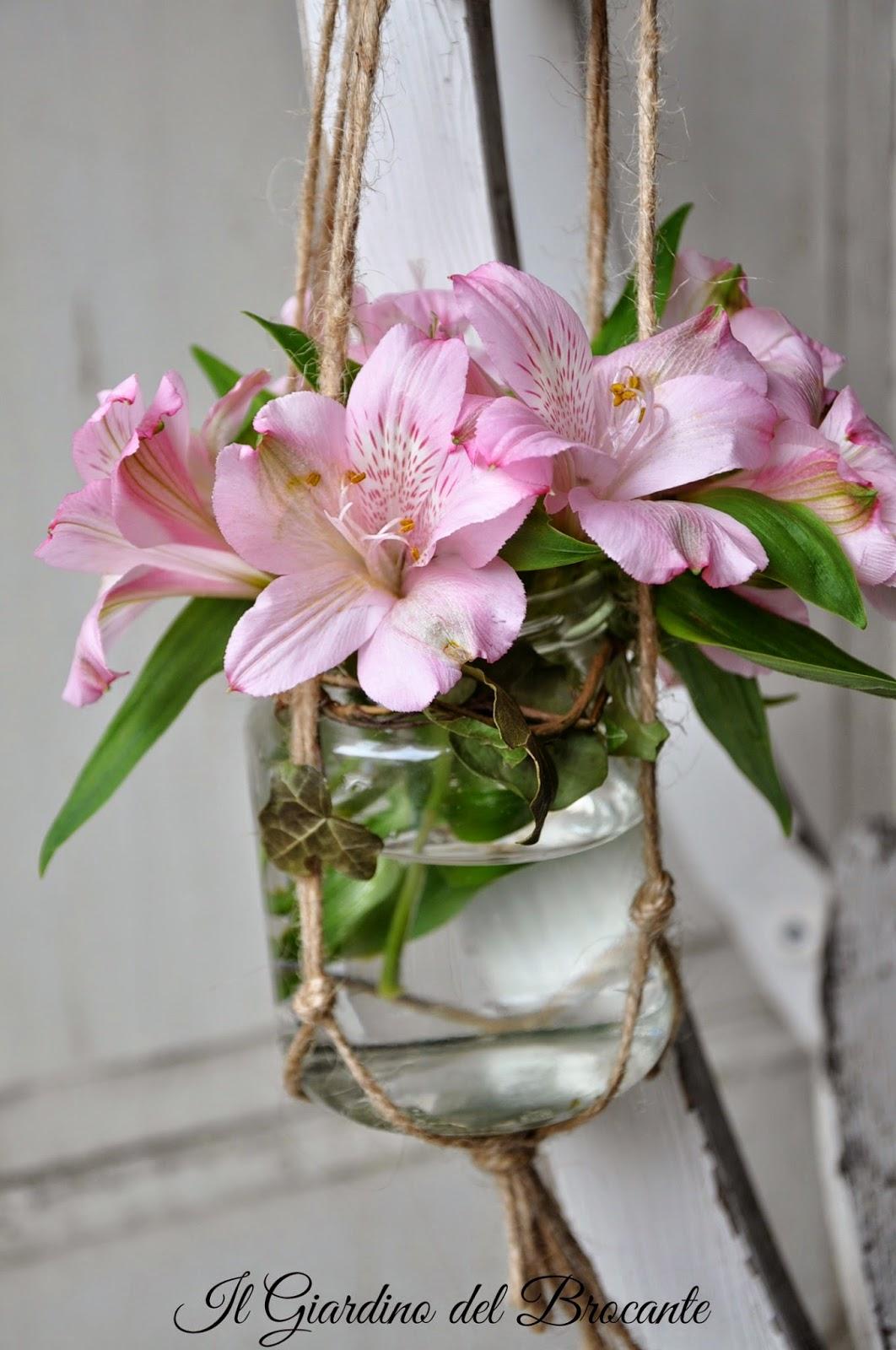 Il giardino del brocante: vasetti da appendere con fiori o candele diy