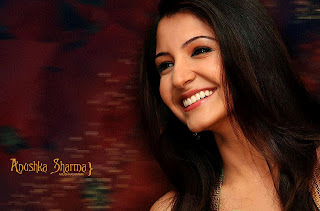 Anushka Sharma Spicy Stills pics