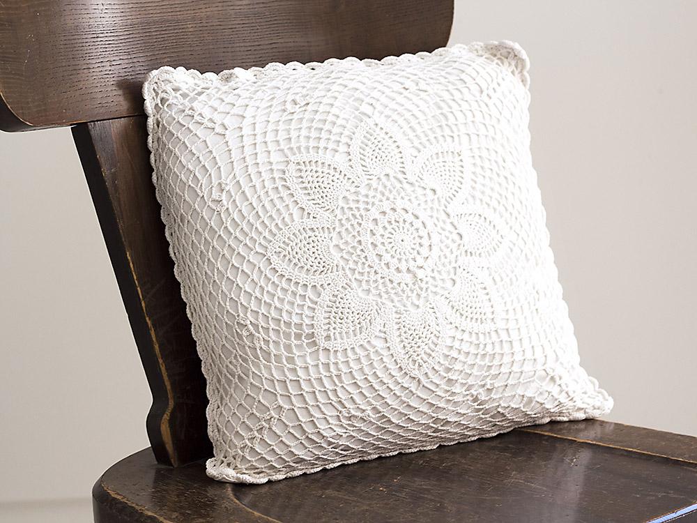Vintage Pillow 43