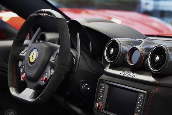 Ferrari presentó una nueva edición especial del California T