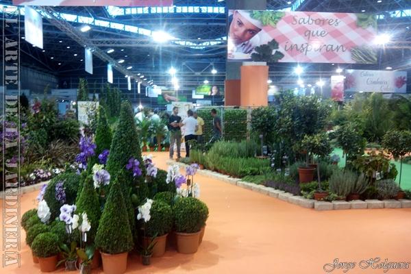 El arte de la jardiner a un paseo por el evento del for Centros de jardineria en madrid
