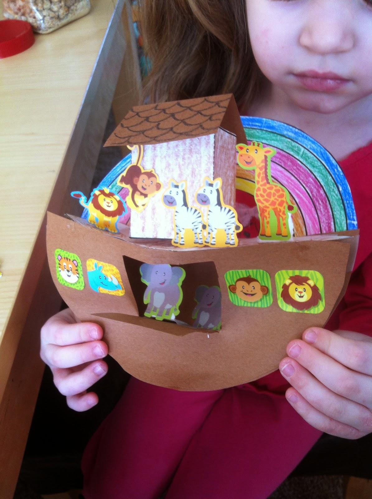 MunchkinTime: Noah's Ark 3D craft for Kids