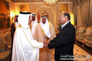 وطني المرزوقي يلتقي وزير المالية القطري ووديعة بقيمة مليون$ 1.jpg