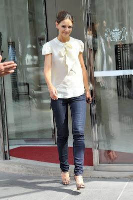 Katie Holmes Fashion Style on Viva La Fashion   Katie Holmes  Street Style
