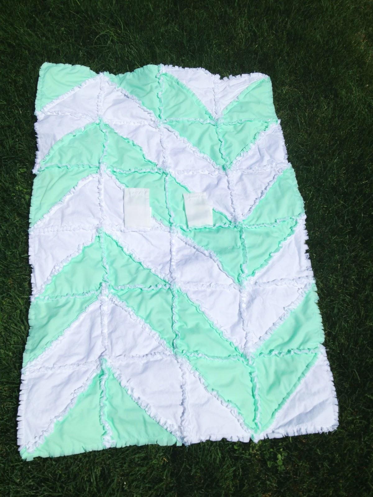 Free Chevron Rag Quilt Pattern With Bonus Car Seat Tent Instructions