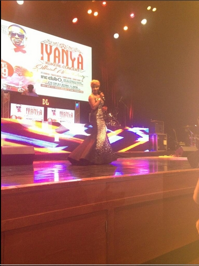Tonto Dikeh falls on stage