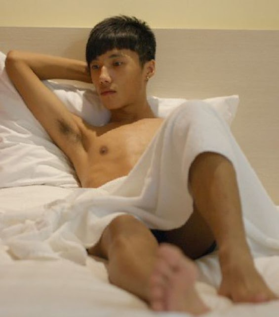 slim naked asian boys