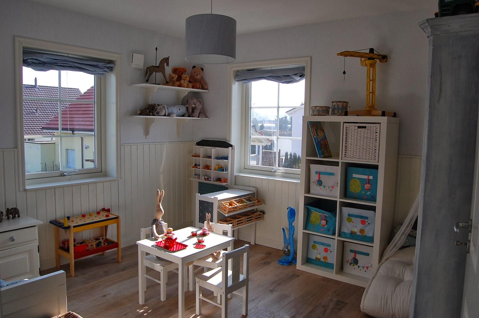 villajenal kinderzimmer nummer 3. Black Bedroom Furniture Sets. Home Design Ideas