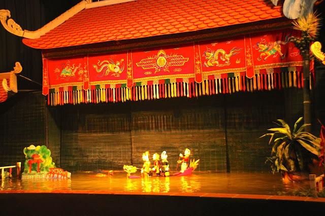 Show de water puppets no Vietnã