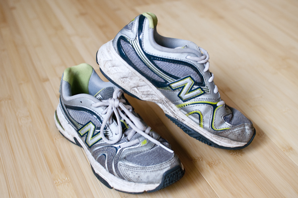 Runs in Puddles: Cheap Versus Expensive Running Shoes