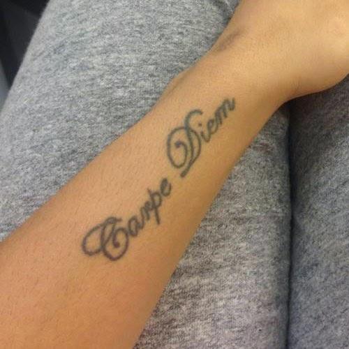 Cool carpe diem tattoo ideas for men and girls tattoo for Carpe diem tattoos