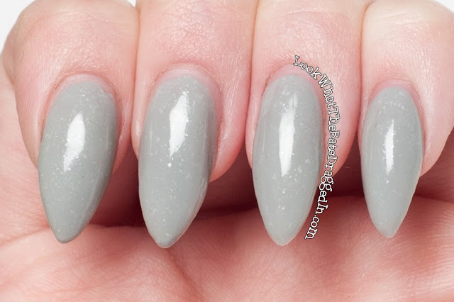 Illamasqua Raindrops nail polish swatch