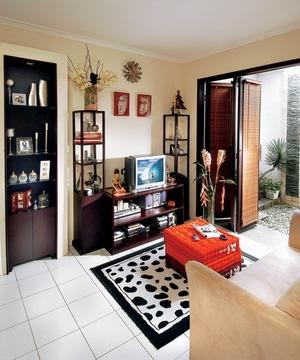 dekorasi ruang tamu 2012 desain sederhana minimalis