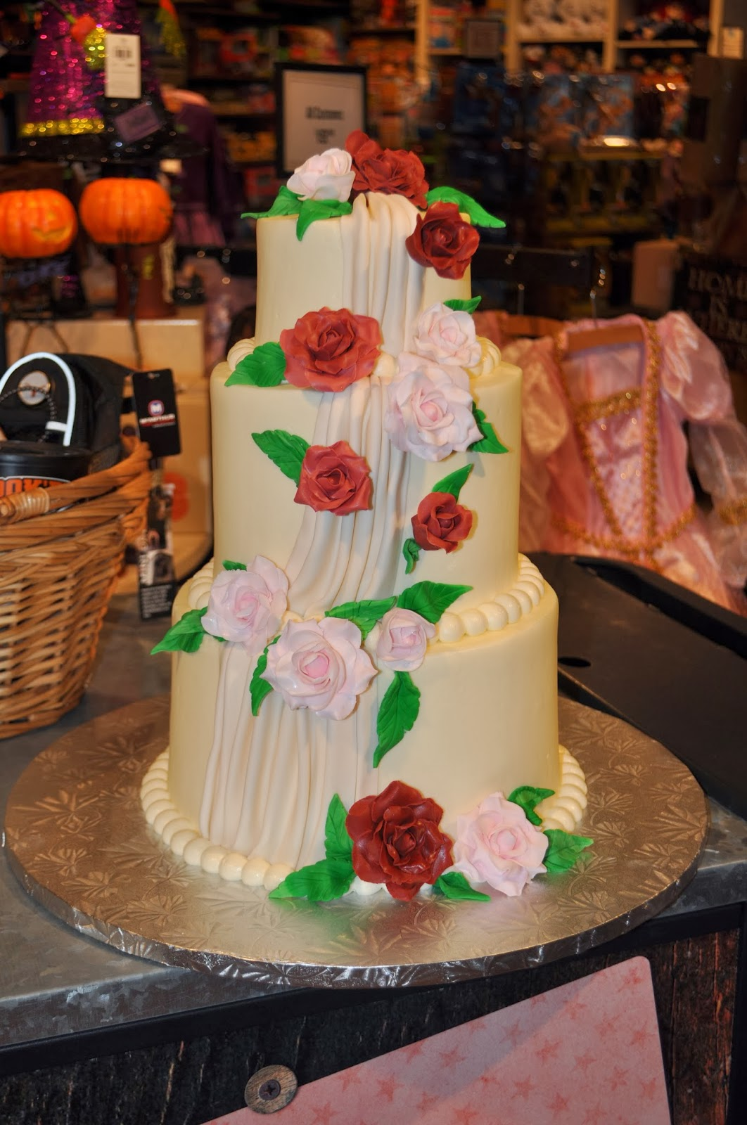 Owner And Cake Artist : Leah s Sweet Treats: Custom Cakes Wedding Cakes Sprinkle ...