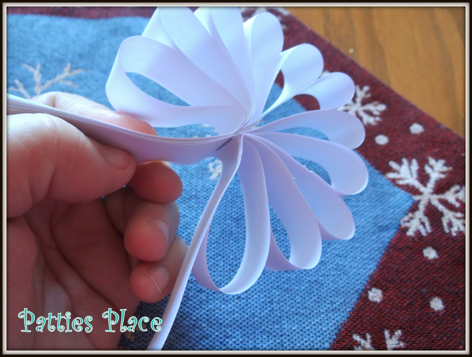 Pattie 39 s place 3 styles of paper snowflake making for kids for How to make a real paper snowflake