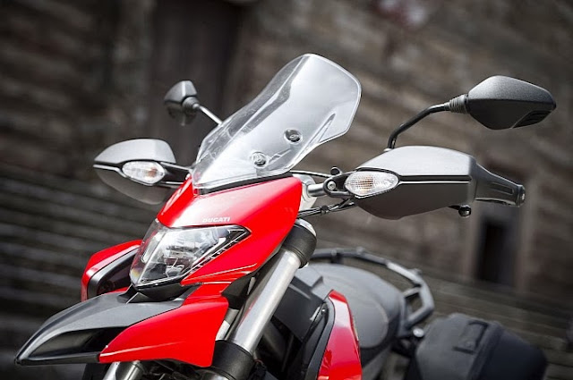 ducati hyperstrada launched in tuscany photo galleryvideo medium 36