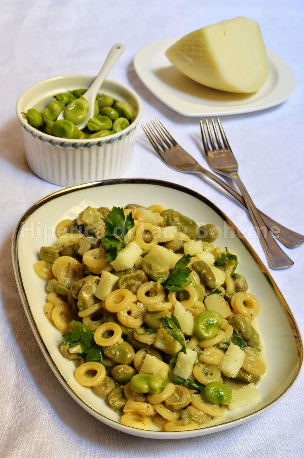 hiperica_lady_boheme_blog_cucina_ricette_gustose_facili_veloci_pasta_con_fave_e_pecorino_fresco_di_pienza_1