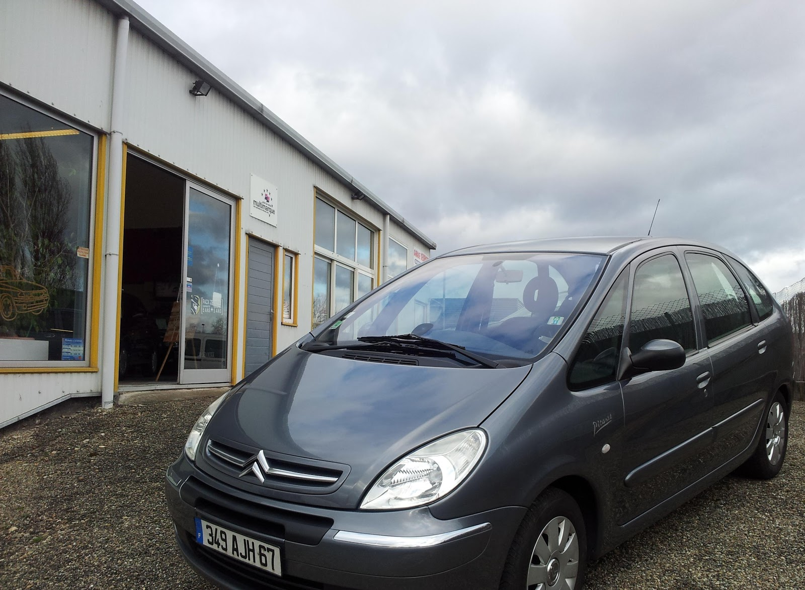 citroen xsara picasso 1 8 pack occasion 4600 euros garage georges. Black Bedroom Furniture Sets. Home Design Ideas