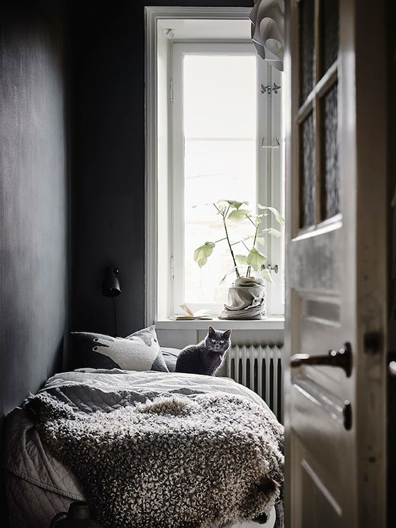 Dark bedrooms inspiration | Anders Bergstedt