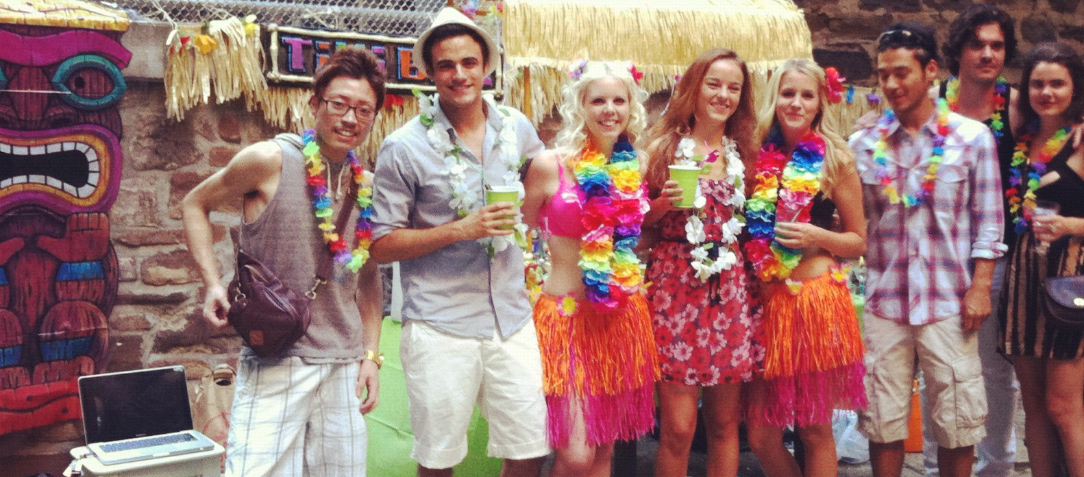 Aloha Hawaiian Party