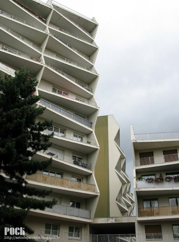 Rennes - Le Trimaran, rue Papu.  Architecte : Georges Maillols  Construction : 1977