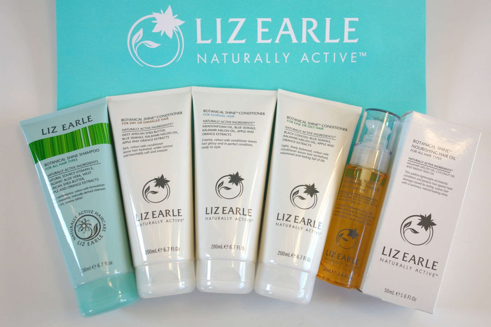 Liz Earle Botanical Shine Haircare range, Liz Earle Botanical Shine Shampoo, Liz Earle Botanical Shine Conditioner for normal, dry or damaged and oily hair, Liz Earle Botanical Shine Nourishing Hair Oil, beauty, hair, Liz Earle, review,