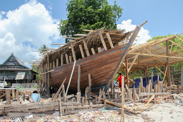 Indonesia - Sulawesi Selatan - Tana Beru - Kerangka kapal phinisi