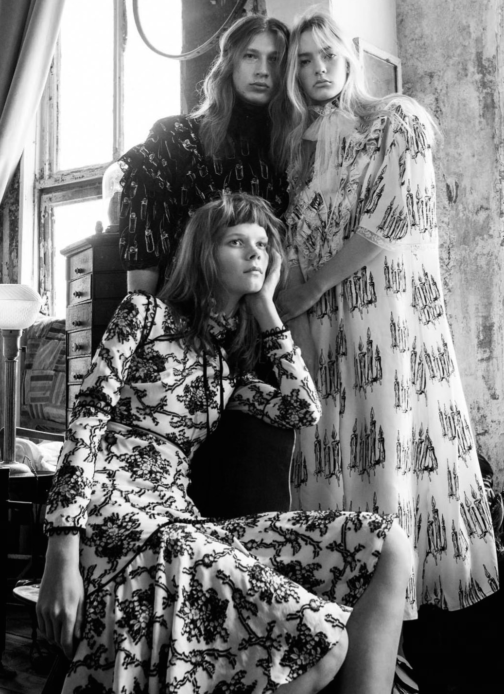 The Dreamers - Irina Kravchenko And Steph Smith By Sebastian Kim For Vogue Russia March 2016