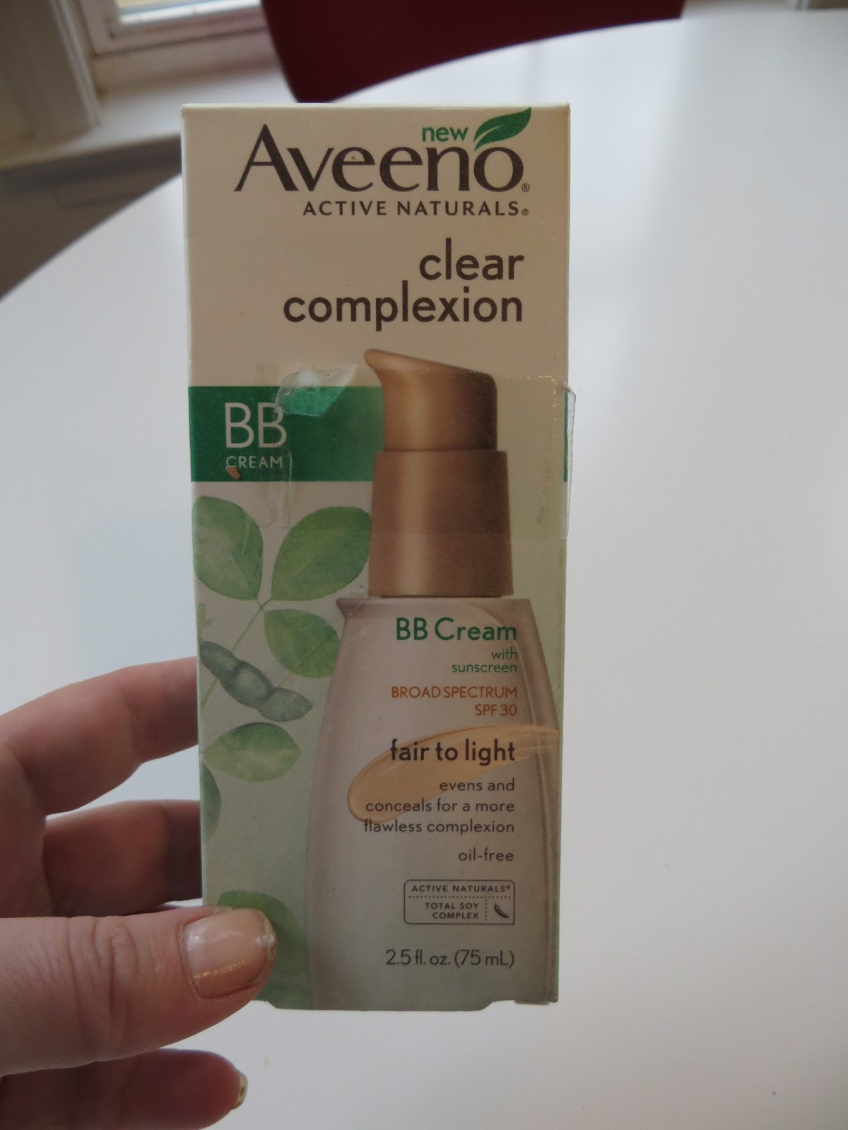 makeup monday aveeno clear complexion bb cream review. Black Bedroom Furniture Sets. Home Design Ideas