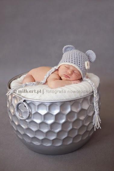 artystyczne zdjęcia noworodka, fotografia noworodkowa, studio fotografii noworodkowej,