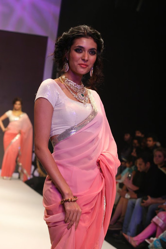 Bidita Bag Walked The Ramp Ror Manubhai Gems Gallery hot images