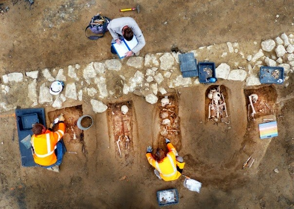 18th century cemetery uncovered in Marseille