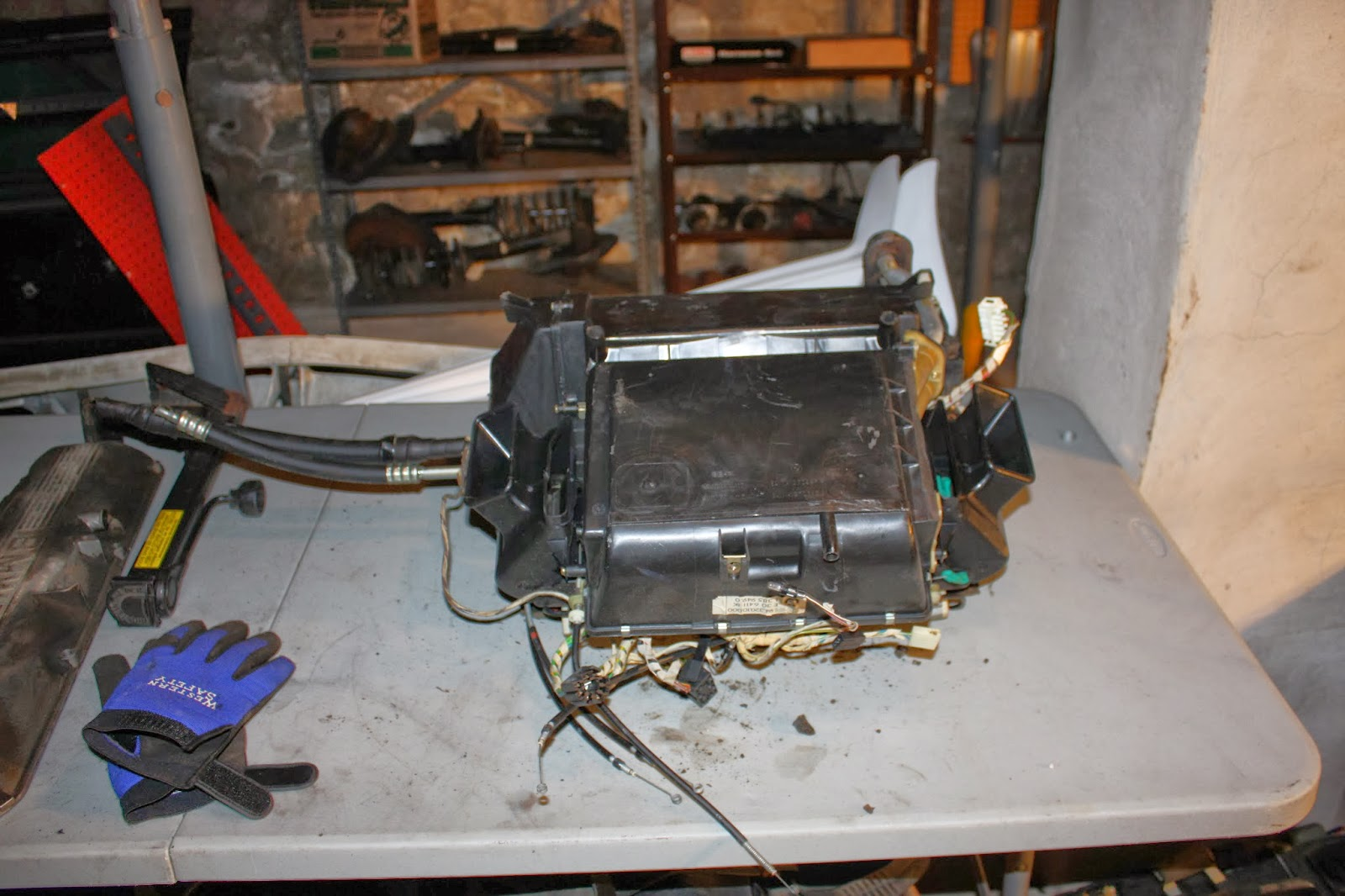 KrEvCon BMW Parts: Complete E30 HVAC System (with blower motor) #BA220B