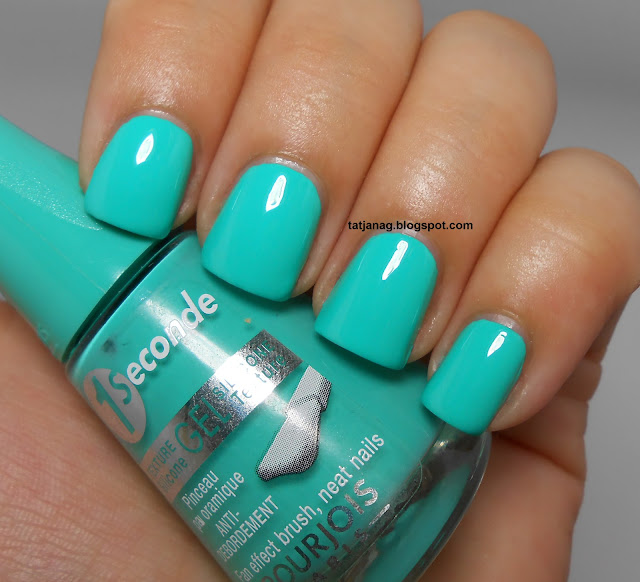 Bright Turquoise Nail Polish Turquoise block, 2 coats