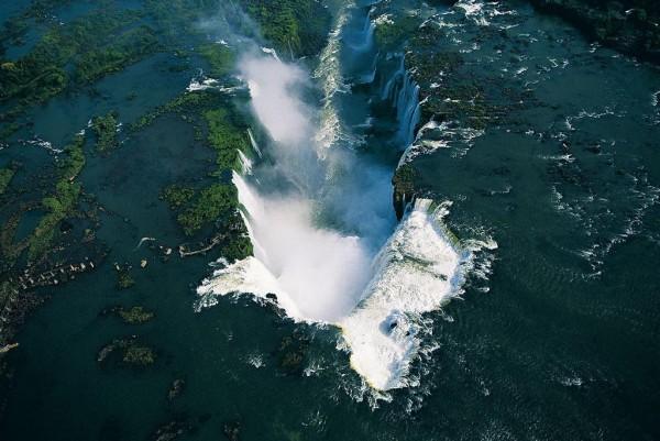 صور لأماكن جميلة من حول العالم EXPO_TVDC_365j2006-0