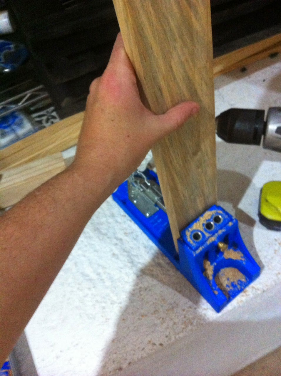 Que es el kreg jig y como se usa creando con lily - Angulos de madera ...