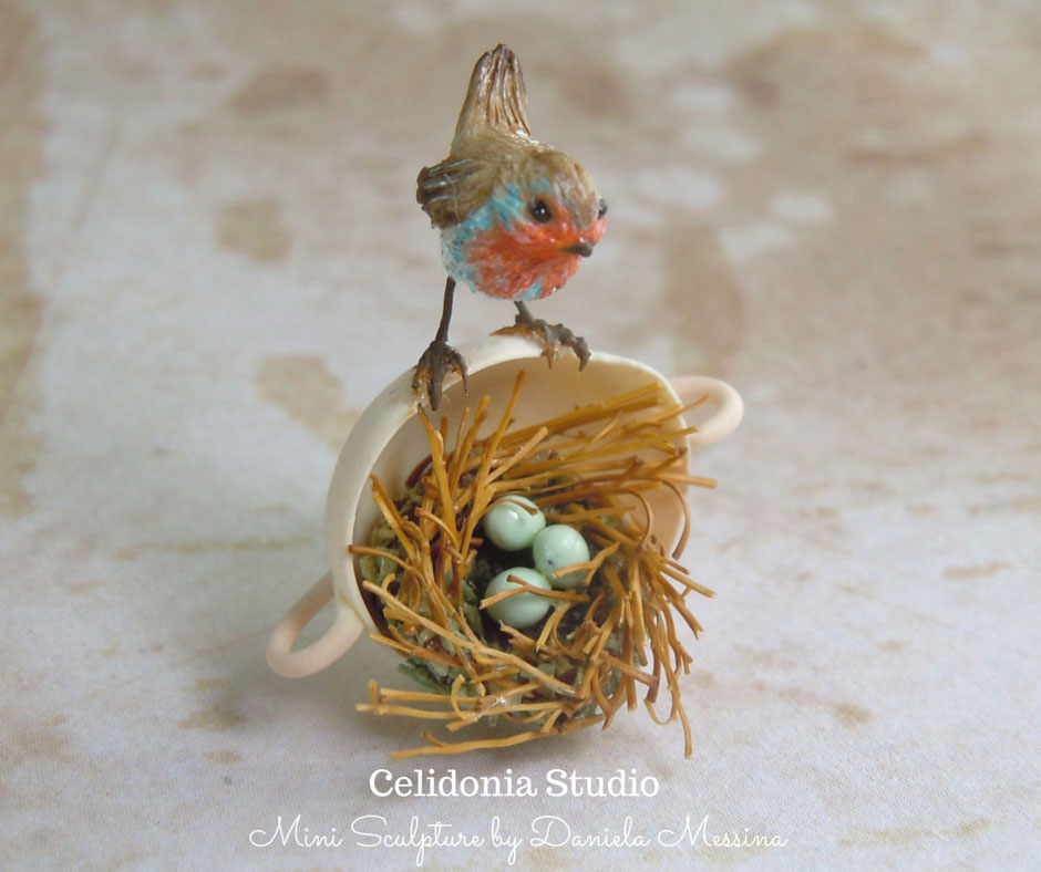 Robin on Nest 1/12 - Polymer Clay Mini Sculpture by Celidonia
