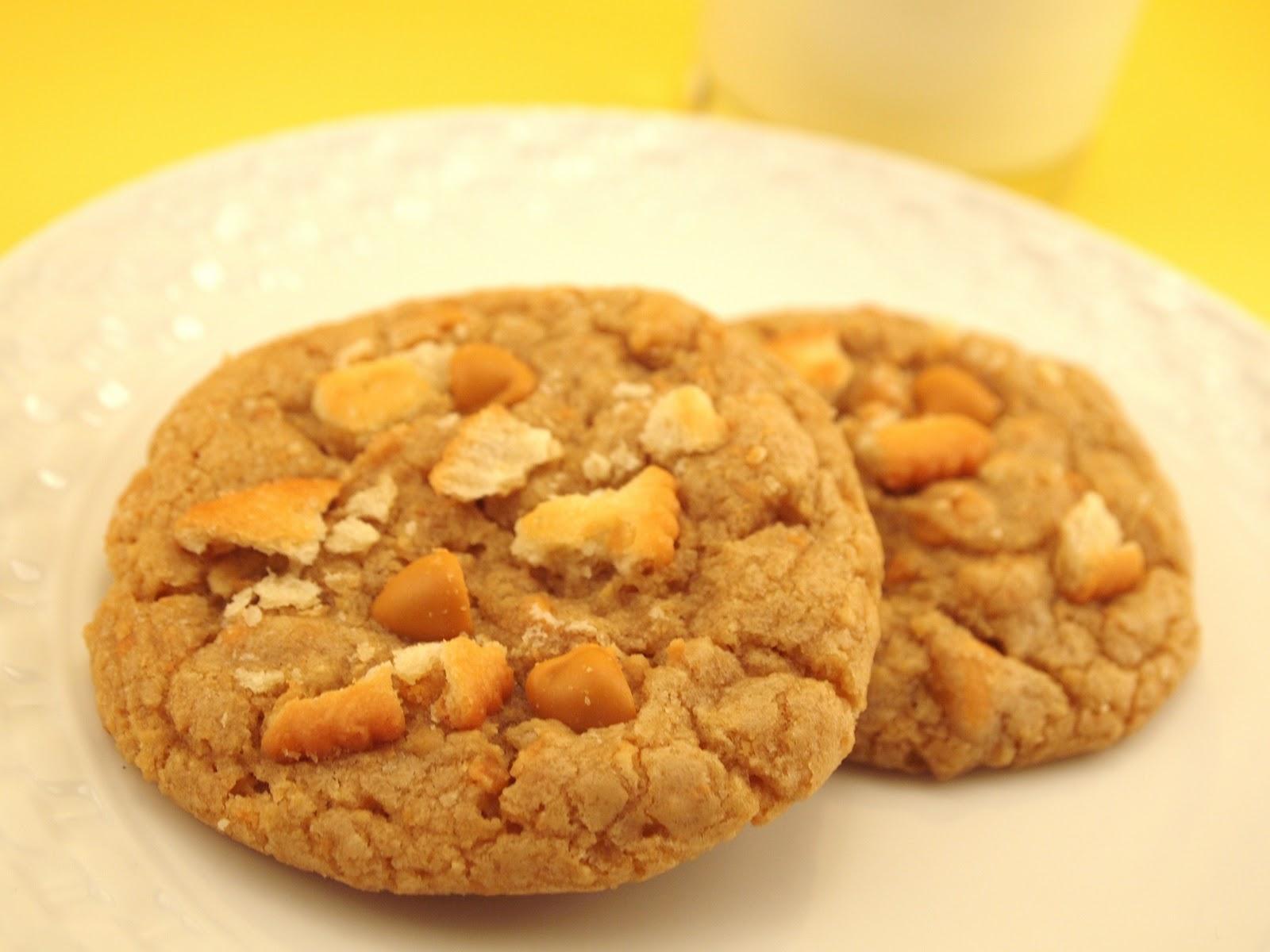 The Alchemist: Ritz Cracker Butterscotch Cookies