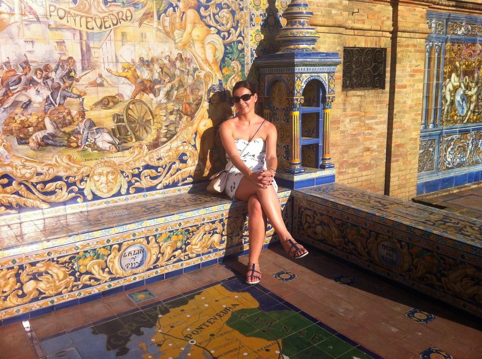 robe à lunettes Naf Naf, Séville Plaza de Espagna