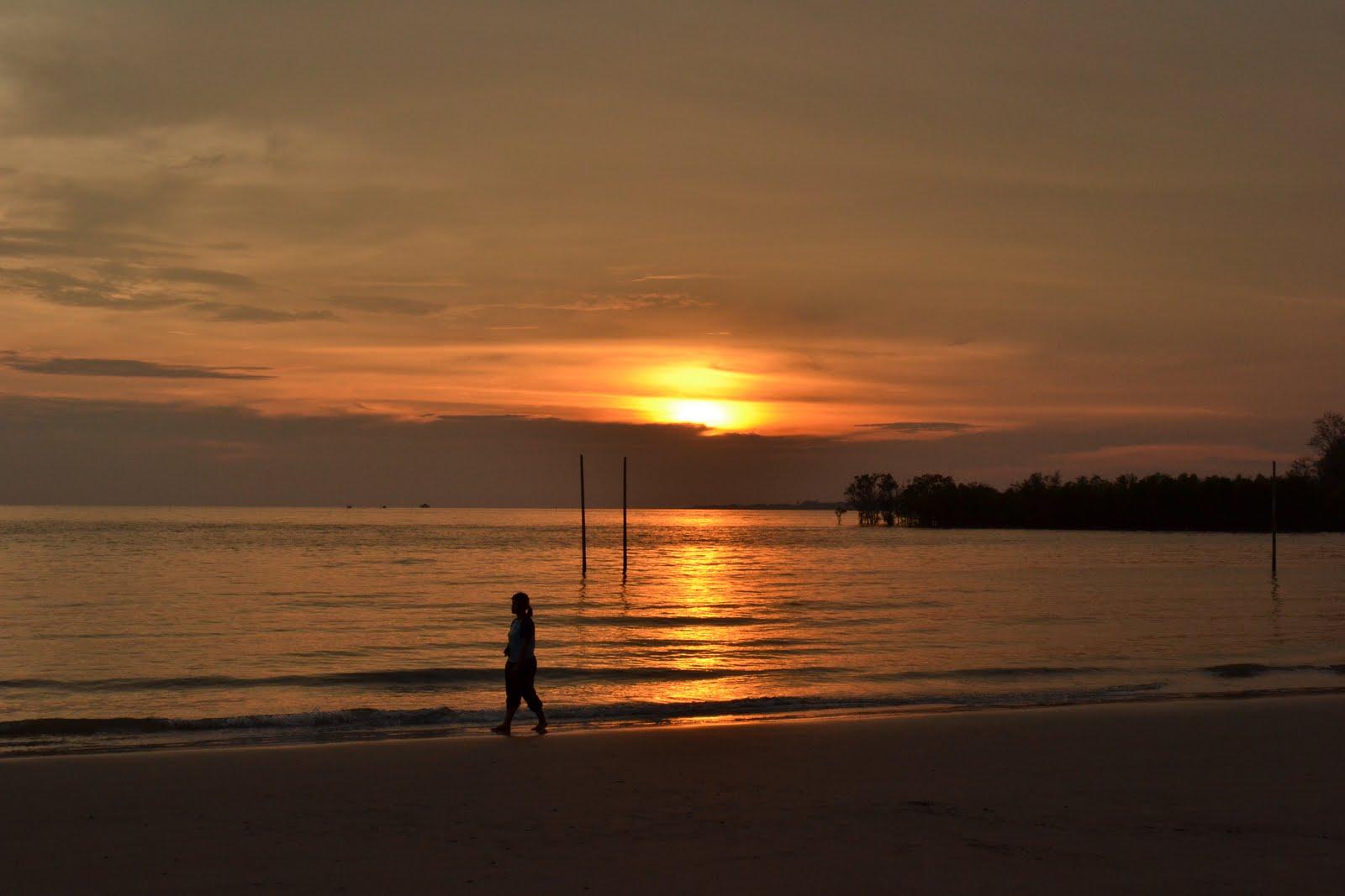 Pictures gambar gambar lukisan pemandangan waktu senja di tepi pantai