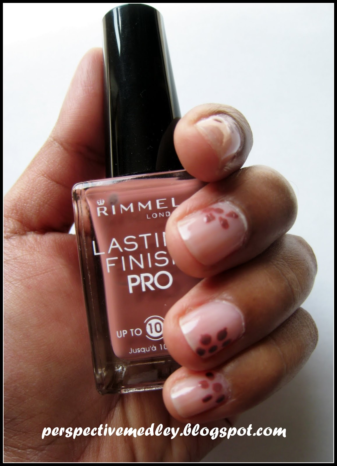 Simple nail art (on short nails) - Day 26 | My Cooking Journal...