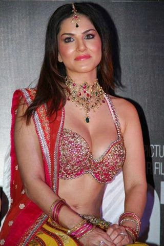 Sunny Leone Hot unseen Wallpaper Free Download