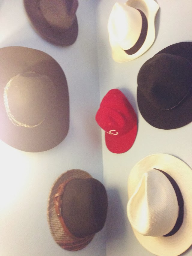 how to organize your hats
