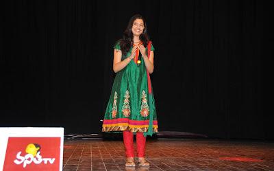 singer geetha madhuri at eega audio launch actress pics