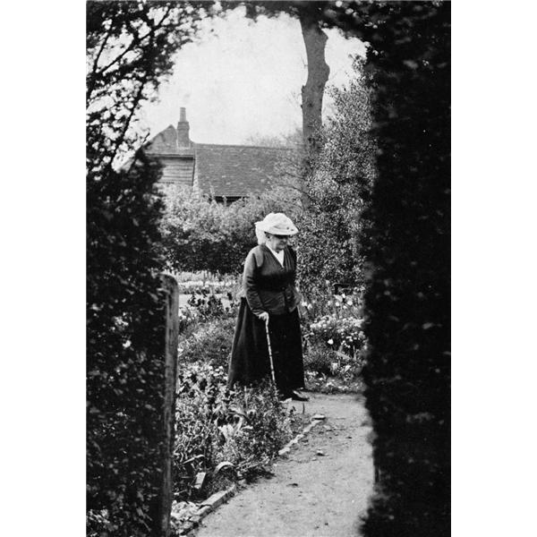 """Gertrude Jekyll Gardens >> """"Tweedland"""" The Gentlemen's club: Gertrude Jekyll"""