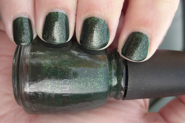 china glaze glittering garland, china glaze glittering garland nail swatch