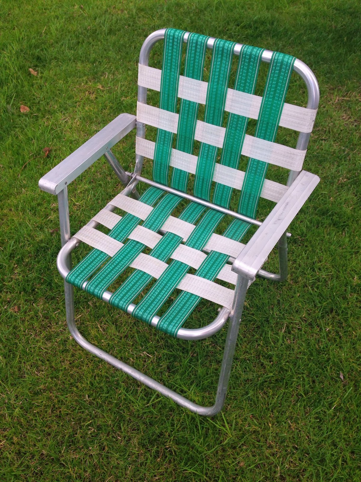 Seatbeltblog HOW TO RESTORE A 70S LAWN CHAIR KINDA