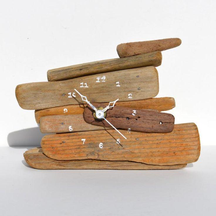 Relógio reutilize madeira rústica